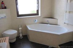 Badewanne in Eckvariante & WC