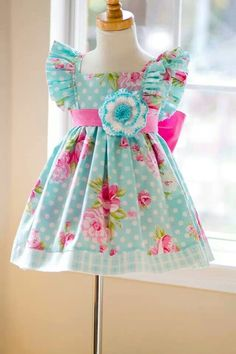 going to TRY to make my girl a birthday dress like this. .