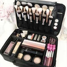 VC COSMETIC TRAVEL CASE – Vanity Collections