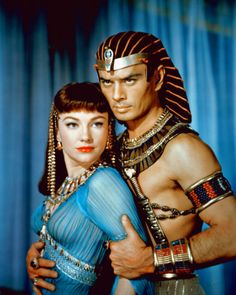"""""""The Ten Commandments"""" movie (1956) -- Anne Baxter and Yul Brynner...Ramses was jealous of Moses for all kinds of reasons, this cunning manipulative lady not being the least of them."""