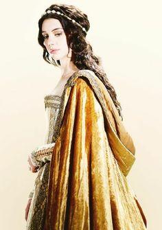 reign [tudor style dress]