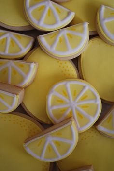 Lemon decorated sugar cookies. Royal icing. Yellow, white.