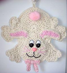Crochet Bunny - wall deco, by Jerre Lollman Crochet Wall Art, Crochet Wall Hangings, Crochet Home, Crochet Crafts, Crochet Projects, Crochet Potholder Patterns, Crochet Dishcloths, Crochet Motif, Crochet Designs