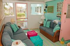 1952 Ventoura Mobile Home Remodel really love this style :)