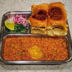 Homemade Pav bhaji - Mumbaiya style loaded with butter - December 26 2018 at - Good - and Inspiration - Yummy Recipes Ideas - Paradise - - Vegan Vegetarian And Delicious Nutritious Meals - Weighloss Motivation - Healthy Lifestyle Choices Pav Bhaji, Snap Food, Food Snapchat, Indian Street Food, Indian Breakfast, Desi Food, India Food, Tasty Bites, Nutritious Meals