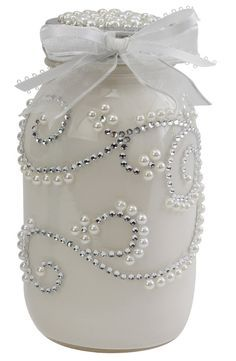 Pearls, white paint, rhinestones, lace ribbon and either a mason or baby food jar.) gifts wine Arts and Crafts Store Pot Mason Diy, Mason Jars, Bottles And Jars, Glass Jars, Wine Glass, Wedding Jars, Craft Wedding, Wedding Gifts, Mason Jar Projects