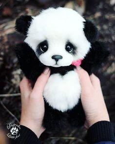 The love of panda The love of panda - Monde Des Animaux Cute Panda Baby, Baby Panda Bears, Baby Animals Super Cute, Panda Love, Cute Little Animals, Cute Funny Animals, Baby Pandas, Red Pandas, Baby Animals Pictures
