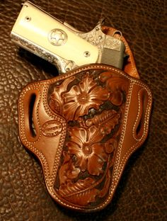 Let our Azle, TX, team tailor your next gun holster. Whether you're a police or vet, we offer a variety of leather holsters and handmade leather products for you. 1911 Leather Holster, 1911 Holster, Custom Leather Holsters, Pistol Holster, Leather Stamps, Leather Art, Leather Tooling, Leather Knife Sheath Pattern, Leather Pattern