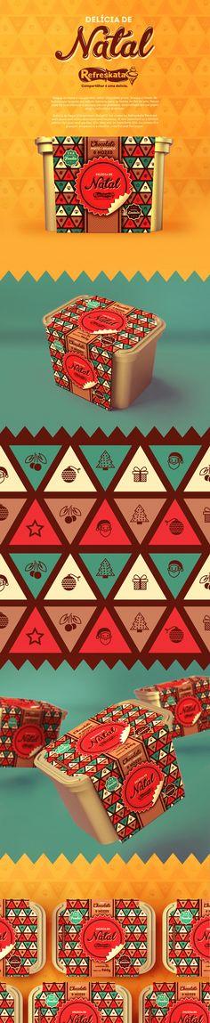 Delícia de Natal é um sorvete, sabor chocolate preto, branco e nozes, da Refreskata lançado em edição limitada para as festas de fim de ano. Nossa ideia foi transformar o sorvete em um presente, embrulhado em um papel alegre, colorido e divertido.Delíci…