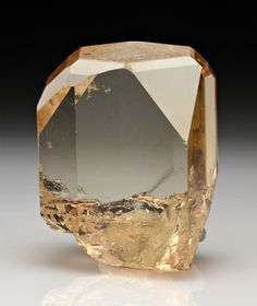 Topaz - Dache, Haramosh Mts., Gilgit District, Pakistan.