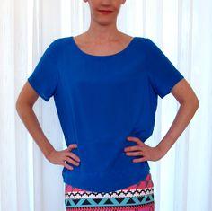 Blusa azul royal em viscose.  Confira mais em http://www.enjoei.com.br/melancia