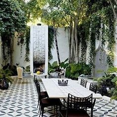 Gorgeous Garden space that bring the indoors out Perfect place to have a relaxing lunch with mimosas of courseRegrann from srinteriors   Always a favorite designinspiration midcentury midcenturymodern outdoorroom marocconstyle amazingplace Regrannblackandwhite outdoordesign designinspo bohemiandesign bohemianstyle gypsy bohovibes hippiestyle gypsygirl gypsylife goodvibes wanderer bohoinspiration gypsysoul bohemian bohostyle bohemiansoul bohoinspobohemianlifestyle