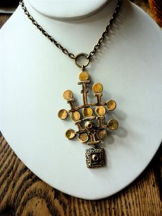 Items similar to Sarpaneva Finland Vintage Bronze Necklace, Modernist Necklace on Etsy Modern Jewelry, Jewelry Art, Silver Jewelry, Unique Jewelry, Vintage Costume Jewelry, Vintage Costumes, Vintage Jewelry, Metallica, Jewerly