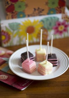 Cheesecake pops are the perfect pick for a Mother's Day brunch