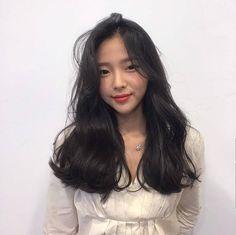 그레이스펌 Curly Asian Hair, Wavy Hair, Her Hair, Long Asian Hair, Smart Hairstyles, Permed Hairstyles, Medium Hair Styles, Long Hair Styles, Glam Hair