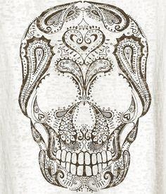 henna skull design