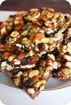 Cómo hacer una Palanqueta de almendras, anacardos, semillas de calabaza, y arándanos secos con Piloncillo. - Vida Lúcida