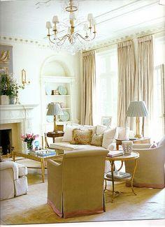 Gorgeous serene living space, Elegant interior design / monochromatic whites, creams