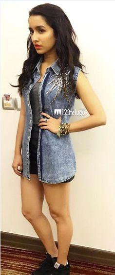 Shraddha Kapoor Latest Photos Bollywood Outfits, Bollywood Fashion, Fall Fashion Outfits, Love Fashion, Shraddha Kapoor Cute, Sraddha Kapoor, Prettiest Actresses, Beautiful Bollywood Actress, Photoshop
