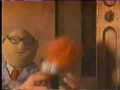 ▶ Muppets - Lion Sleeps Tonight - YouTube