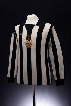 Newcastle United League Cup Final 1976 Football Shirt