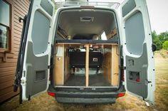Hoogslaper dubbel DIY vouwbed in Sprinter camper