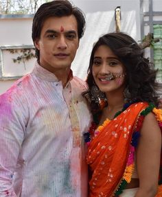 Mohsin and Shivangi celebrate the festival of colors on the sets of Yeh Rishta Kya Kehlata Hai. . . . @khan_mohsinkhan @shivangijoshi18…