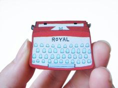 Items similar to Typewriter Wood Brooch - Red on Etsy Handmade Jewelry, Unique Jewelry, Handmade Gifts, Embroidery Applique, Diy Paper, Kitsch, Polymer Clay, Arts And Crafts, Typewriters