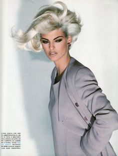 Linda Evangelista | Photography by Patrick Demarchelier | For Vogue Magazine Italy | August 1991