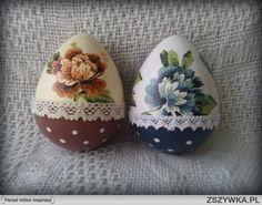 pisanki decoupage - Szukaj w Google Easter Projects, Easter Crafts, Hoppy Easter, Easter Eggs, Decoupage, Easter 2018, Quilled Paper Art, Easter Egg Designs, Spring Design