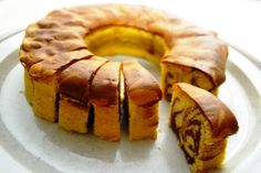 Gadriay Ki Roti Ya Cake Recipe In Urdu - Step by Step Easy Urdu Instructions Cupcakes, Cake Cookies, Cupcake Cakes, Food Cakes, Marbel Cake, Cake Recipe In Urdu, Baking Recipes, Cake Recipes, Kitchen Recipes
