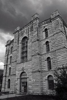 Missouri State Pen Ghost Tour