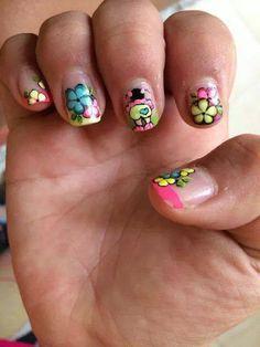 decoracion de uñas Nails For Kids, Toe Nails, Nail Art Designs, Finger, Hair Beauty, Work Nails, Polka Dot Nails, Colorful Nails, Polish Nails