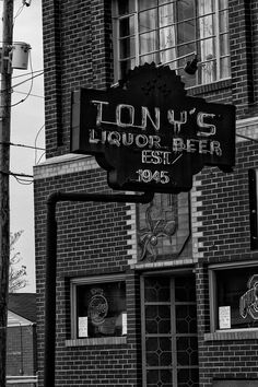 newark ohio pictures | Newark, Ohio Photos. I could get regular beer here without my id (back during 3.2 beer days).