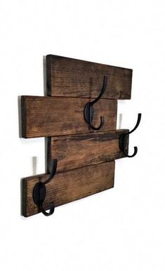 This Recycled Wood Wall-Mount Coat Rack is what your entryway, mudroom, hallway, laundry room or bathroom has been missing! With a distressed, five plank wood base and three robust double hooks screwe Modern Farmhouse Bathroom, Farmhouse Decor, Farmhouse Design, Wall Mounted Coat Rack, Wall Coat Rack, Coat Racks, Diy Coat Rack, Coat Hanger, Ideias Diy