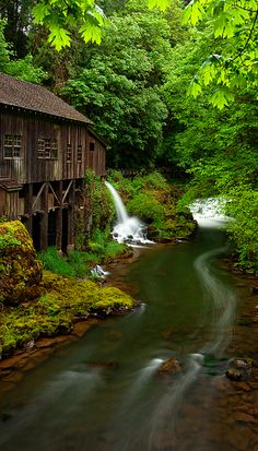 Evening at the old grist mill in Woodland, Washington • photo: Aaron Reed on Flickr