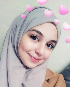 αиgєℓ ѕαяυ♥ Hijab Niqab, Hijab Chic, Mode Hijab, Hijab Outfit, Arab Girls Hijab, Muslim Girls, Hijabi Girl, Girl Hijab, Beautiful Muslim Women