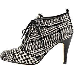 Ankle Boots mit Schnürung ab 54,99 € ♥ Hier kaufen:  http://stylefru.it/s868612 #hahnentritt #karo