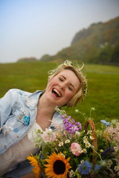Photography & Styling, Abigail Bell at abigail*ryan, flowers by @ashtreefarm Victoriana Floral. #northernireland #florist #niflorist #ireland #niphotographer #nistylist #flowercrown