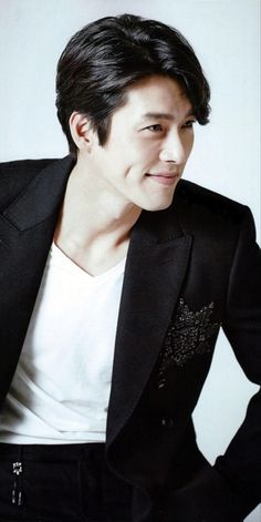 Hyun Bin, Korean Drama Series, Soul Songs, Asian Celebrities, Korean Artist, My Crush, Action Movies, Dimples, My Man