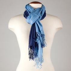 I could pull off this scarf.