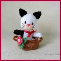 Gatito en cesta amigurumi