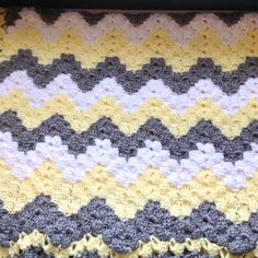 Crochet baby blanket chevron baby blanket gray and by ndolceshop Crochet Ripple, Baby Afghan Crochet, Manta Crochet, Crochet Blanket Patterns, Baby Patterns, Neutral Baby Blankets, Chevron Baby Blankets, Baby Boy Blankets, Gender Neutral