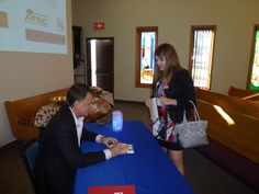David Chilton was gracious enough to spend some one on one time with the attendees signing his book The Wealthy Barber Returns The Wealthy Barber, Business Innovation, Thought Provoking, Conference, Presentation, David, Success, Books, Libros