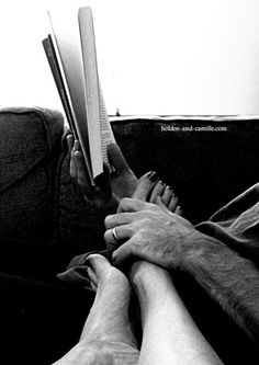 The best position for reading :) Yup, that's how it's done. Touching even when you both are doing your own thing, just to let you both know you are still in this world together. Love Is All, True Love, Severus Hermione, My Sun And Stars, Foto Art, Hopeless Romantic, Love Story, My Books, Hands