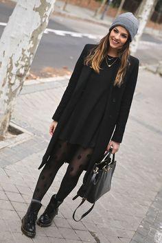 Blogger Style l Trendy Taste: black coat x black sweater dress x polka dot tights x dr.martens boots x beanie