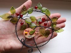 ""\""""Vrať se, prosím!!!"""" Diy And Crafts, Arts And Crafts, Wire Wreath, Wire Art, Suncatchers, Metallica, Mobiles, Feathers, Washer Necklace""236|177|?|en|2|3726204922fbdf21006fa74dac784e20|False|UNLIKELY|0.3398531377315521