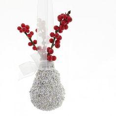 yau concept craciun 2011_christmas decoration with natural flowers #christmas #christmasdecor #holiday #christmasdecorations #yauconcept #yau #flowers #christmasflowers