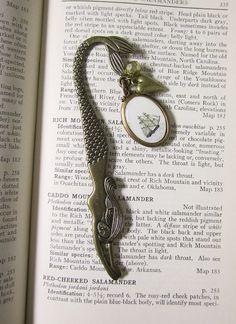 Bookmark. Mermaids Love to Read.