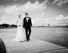 Portfolio - Bryllupsfotograf Vores Store Dag on Behance Portfolio Presentation, Behance, Store, Wedding Dresses, Portraits, Weddings, People, Photography, Photo Art